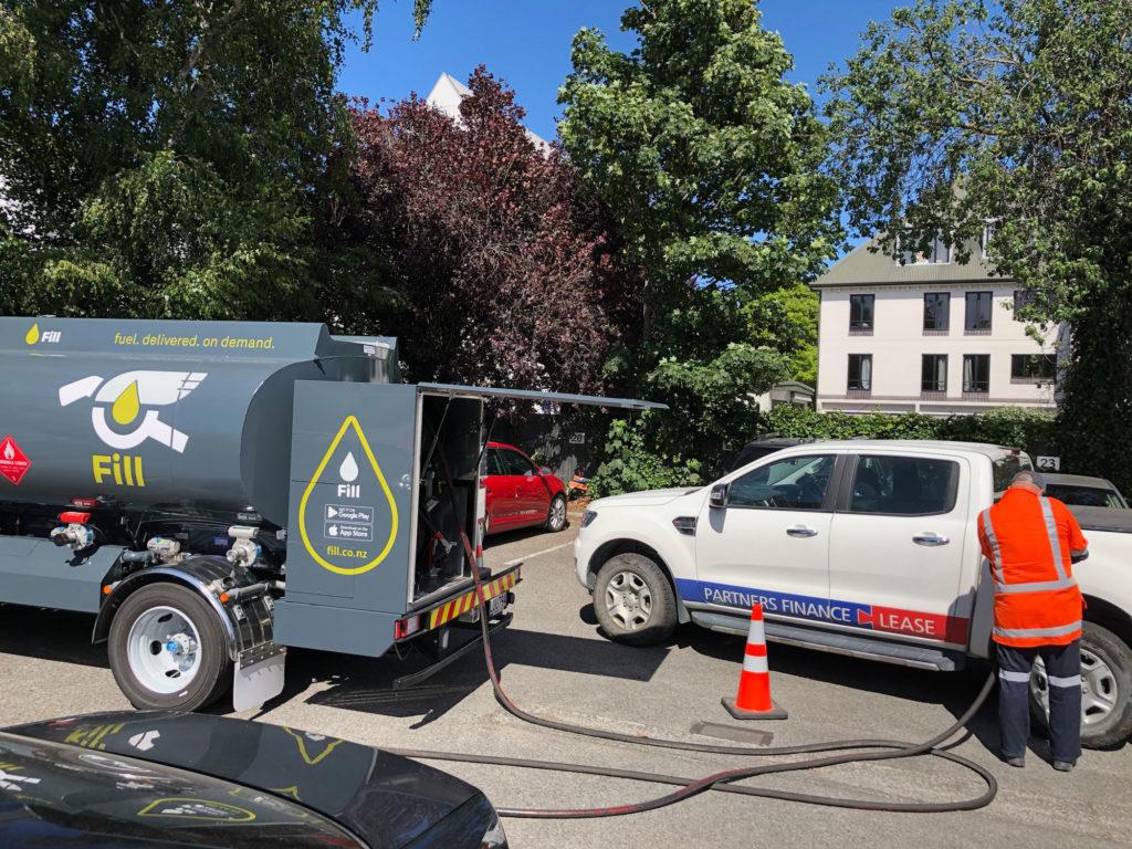 FILL-fuel-truck-filling-Partners-Finance-Lease-ute