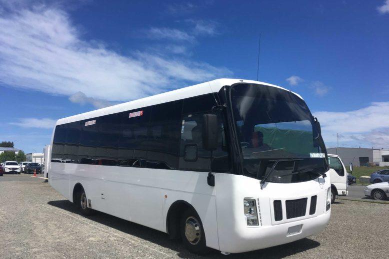 ISUZU-bus